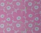 Marimekko vintage MINI UNIKKO cotton fabric light pink light green Maija Isola  tillukka