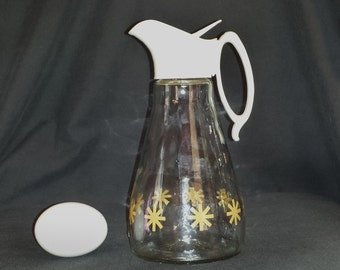 MCM Log Cabin Glass Syrup Pitcher with Gold Atomic Stars / 1960s Syrup Pitcher / Vintage 1960s Log Cabin 2 Cup Pressed Glass Pitcher