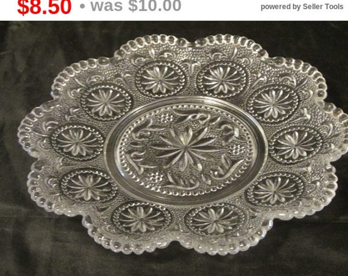 """6"""" Diameter Glass Serving Plate, Dessert Plate, Relish Dish, Candy Dish, Cracker Plate, Home Decor, Perfect for Upcycling"""