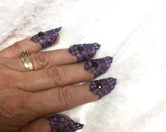Fingernail Armour,purple with black crystals-set of 5 pcs