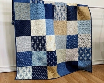 Throw Quilt Grand Traverse Bay HANDMADE Patchwork Quilt Minnick&Simpson Moda Cream Blue 56x65""