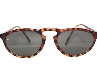 Vintage Ray Ban Sunglasses // B&L W2067 // Tortoiseshell // RAY BAN