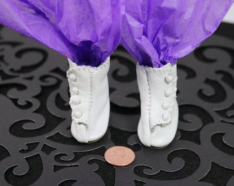 "Vintage Doll Booties White Leather Button With Heels Tallina's Doll Supplies 2"" x 7/8"""