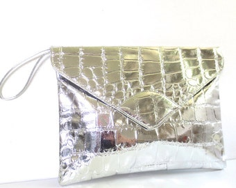 Vintage Oversized Embossed Silver Metallic Clutch