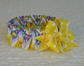 """Easter Chevron Dog Scrunchie Collar - big yellow dotted bow - L: 16"""" to 18"""" neck - OOAK"""