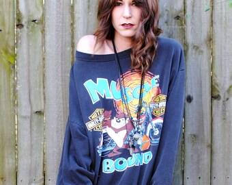 Muscle Bound- Vintage 1993 Harley Davidson Looney Tunes Sweatshirt- Size Large