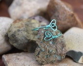 Aqua Little - Tiny Wire Wrap Double Heart Ring