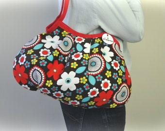 SALE...Shoulder Bag - Tossed Flowers - Granny Purse