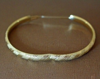 Vintage 14K Gold Bangle Expandable Etched