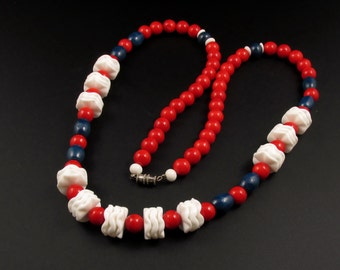 Red White and Blue Necklace, Red Glass Bead Necklace, Patriotic Necklace, Blue Necklace, Fourth of July Necklace