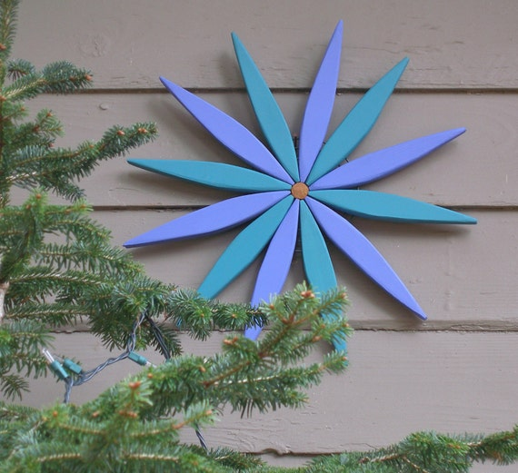 "Blue and Teal 17"" Starburst Hanging Garden Art Wreath for Outdoor and Indoor Decor - Outdoor Wall Art Handcrafted by Laughing Creek"