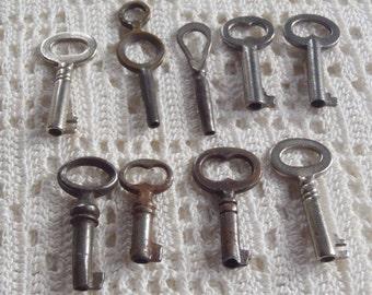 Vintage Skeleton Keys 9 Pieces