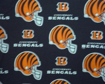 "NFL Football BENGALS  , Cotton Fabric, 18"" X 58"", 1 /2  YARD,  New"