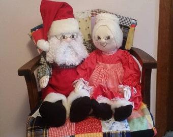 "Santa Claus & Mrs Claus Handcrafted Hand Made Doll Set - Christmas Saint Nicholas St. Nick Christmas Decoration - 29"" (74 cm) Dolls"