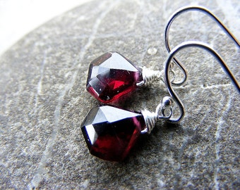 Plum garnet earrings, gemstone earrings, garnet silver earrings, petite garnet earrings, January birthstone, garnet pentagons, silver drops