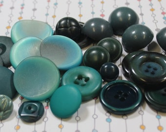 Turquoise Buttons 25 Teal Aqua Plastic Buttons