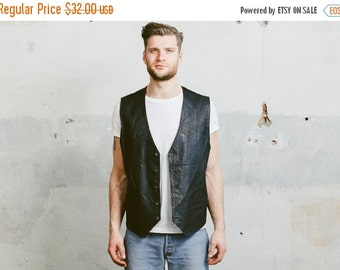 SALE . Vintage 80s Mens Vest . 1980s Sleeveless MOTO Jacket Black Leather Biker Rocker Waistcoat Man 80s Boyfriend Gift . Large XL
