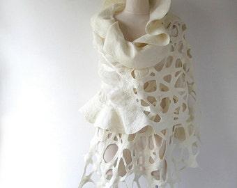 Wedding scarf Nuno Felted scarf, White ruffle shawl, Bride shawl, White silk scarf, White ruffle stole