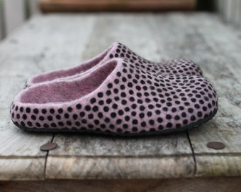 Wool felted slippers dusty pink rose home shoes black polka dots home shoes women slippers women shoes handmade to order