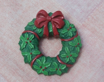 Vintage Russ Christmas Wreath Brooch Pin, Holly and Berries