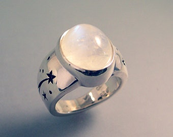 Rainbow Moonstone Ring with Stars and Shooting Stars, 11.5 Carats, Sterling Silver