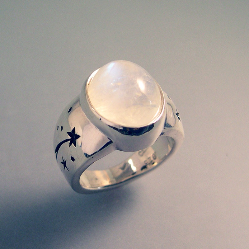 moonstone rings with stars - photo #1