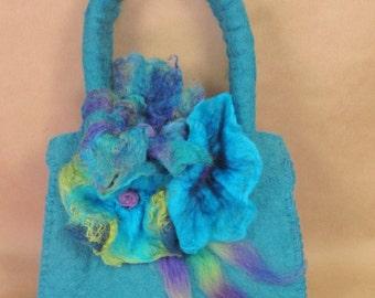 Flowered felted hand bag
