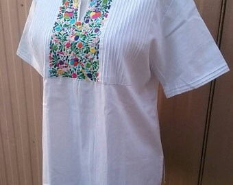Large Peasant Oaxacan Cotton Hand Floral Embroidered Blouse Top