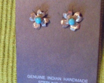 Vintage Native American Sterling Silver Flower Earring