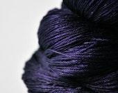 Königin der Nacht - Silk Lace Yarn - knotty skein