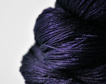 Königin der Nacht - Silk Lace Yarn - knotty skein