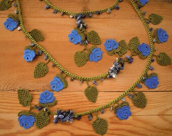 blue rose necklace, crochet oya