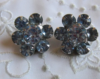 Vintage Silver Tone Ice Blue Faceted Rhinestone Clip On Earrings