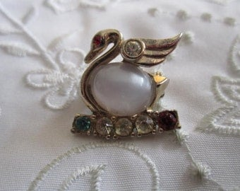 Vintage Silver Tone Swan Brooch with White Jelly Belly and Clear, Red and Blue Rhinestones