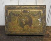 Antique tin box Depositato Almond candy Stradivarius Sperlari decorative art tin container