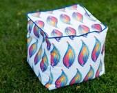 """Paisley Flame Pouf Cube / Ottoman (16"""" sq)"""