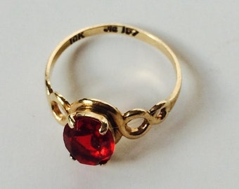 Antique Art Deco14k Gold Synthetic Ruby Ring