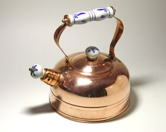 Vintage Copper Kettle with Delve Design Knobs and Handle - circa 1970's