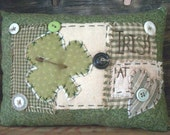 Country Primitive St. Patrick's Day pillow tuck