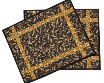 Wheat Placemats pair, handmade quilted farm crop harvest agriculture, 14 x 18
