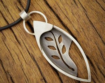 Garden Vine Pendant in Sterling Silver