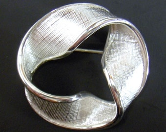 Vintage Napier Circle Brooch Silver Circle Pin - Textured Design - Signed Napier