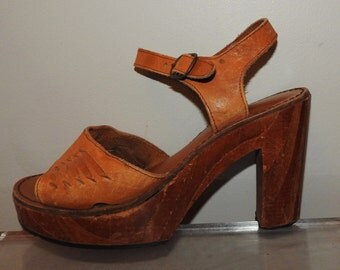 vintage 70s platform shoes size  7 wood heel woodies made in Brazil