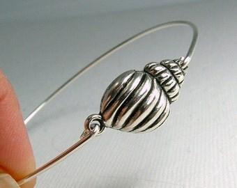 Shell Bracelet, Shell Charm Bracelet, Silver Shell Bracelet, Sea Inspired Jewelry, Sea Shell Bracelet , Sea Shell Jewelry