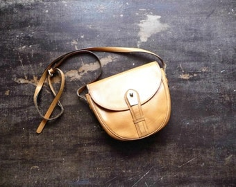 Vintage 80s-90s LANCEL Small Shoulder Bag Light Brown Leather