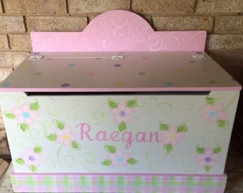 Kids Furniture,Toy Boxes, Toy Chest, Pink Flowers, Toy Storage, Toy Bin. Personalized, Baby Shower Gifts, Nursery Decor