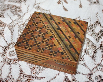 Vintage Wood Box Primitive Marquetry Inlay Folk Art Hand Tinted