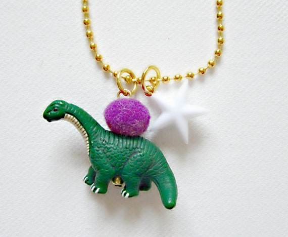 dinosaur necklace little girls jewelry giddyupandgrow. Black Bedroom Furniture Sets. Home Design Ideas