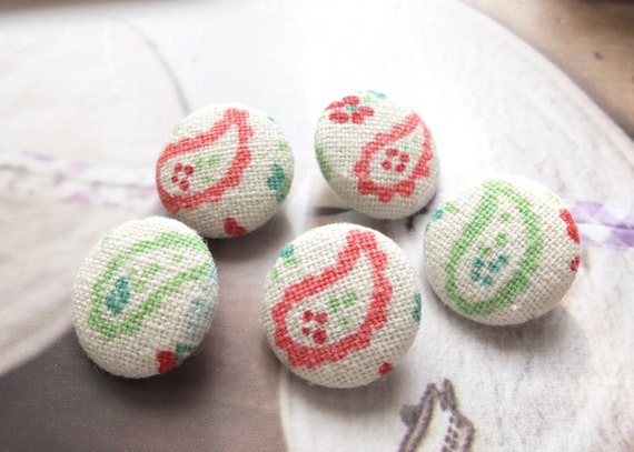 Fabric Covered Buttons (M) - Shabby Chic Spring Color Red Green Paisley Floral Flowers (5Pcs, 0.87 Inch)