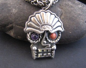 Dos Equis Azteca Sterling Bodyguard Amulet with Amethyst and Spiny Oyster